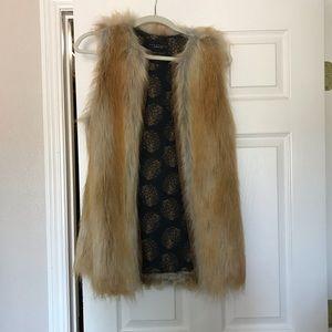 Faux fur tunic vest with leather closure, Sz XS